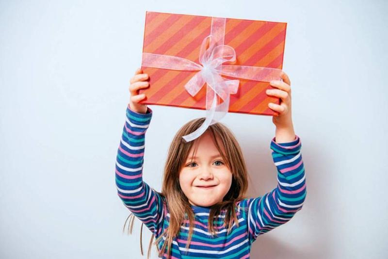 مجموعة متنوعة من الهدايا المتميزة والمفيدة لأطفالك